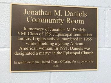 Daniels plaque